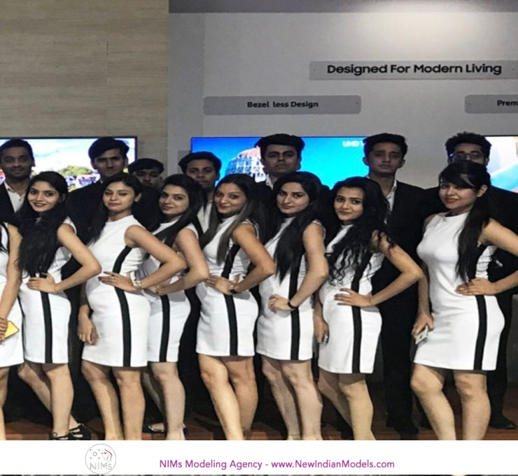 Female models required for auto expo 2020