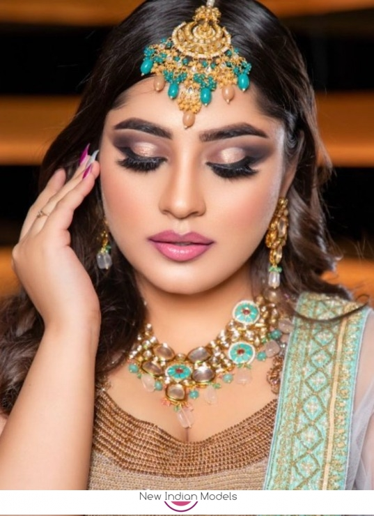 Models required for makeup shoots in Delhi