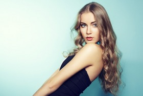 6 Best Poses For Female Model That Look Professional